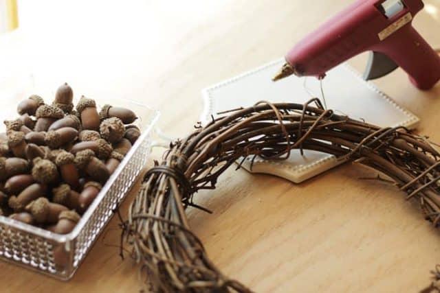 acornwreath01sm